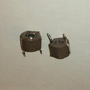 Подстроечный конденсатор dip 70pf